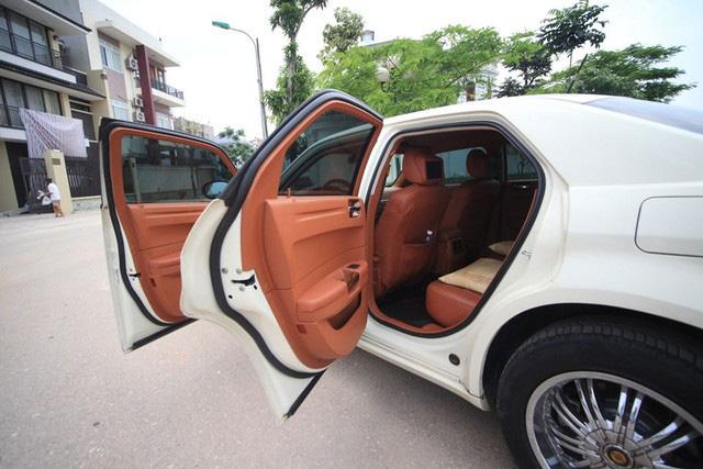 Xe sang cũ có giá ngang Toyota Vios, người bán tự tin tuyên bố: Chỉ có 2 chiếc tại Việt Nam  - Ảnh 2.