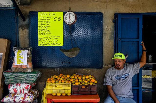 Venezuela: Thiên đường của đồng USD - Ảnh 3.