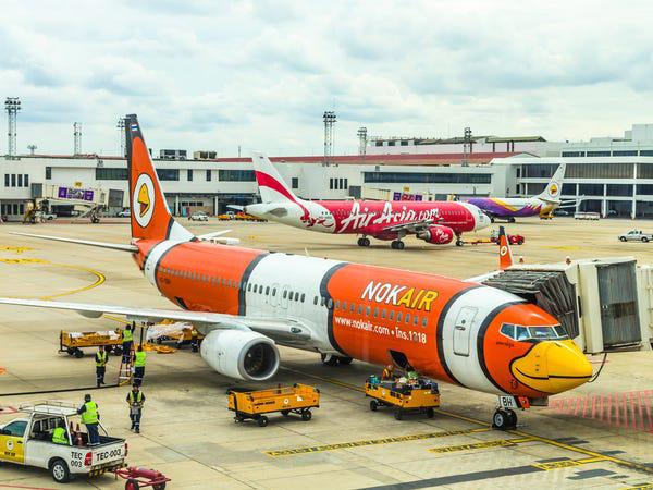 16 hãng hàng không có máy bay được sơn đẹp nhất - Ảnh 2.