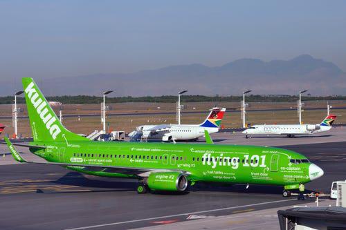 16 hãng hàng không có máy bay được sơn đẹp nhất - Ảnh 14.