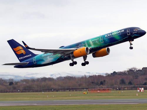 16 hãng hàng không có máy bay được sơn đẹp nhất - Ảnh 21.