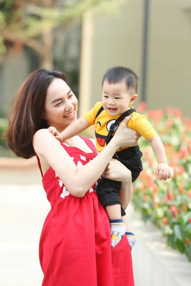 Nữ diễn viên tuổi Tý nóng bỏng nhất nhì showbiz Việt giờ ra sao? - Ảnh 10.