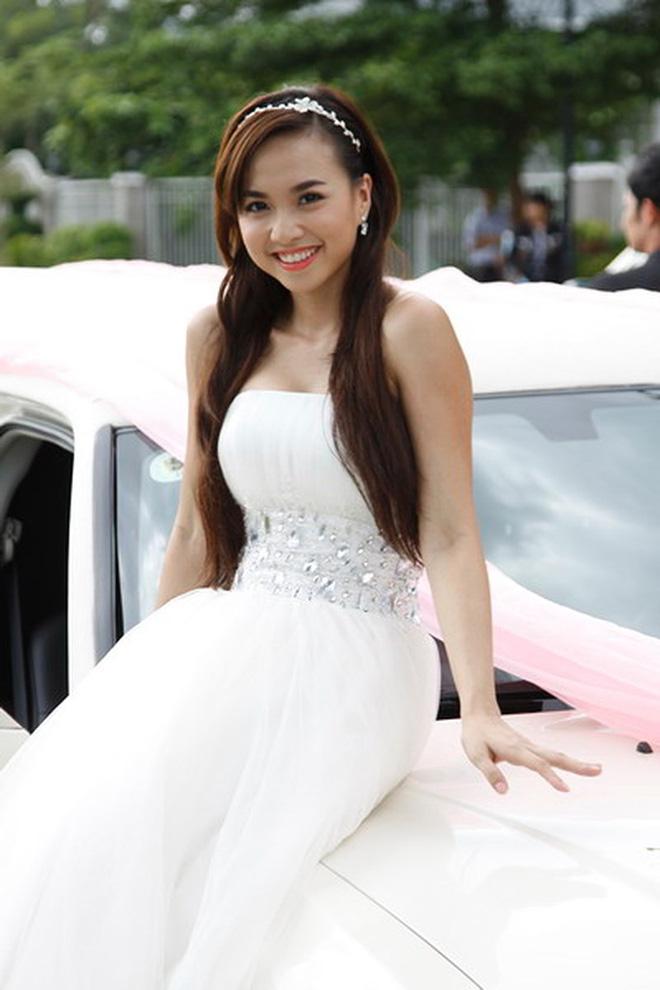 Nữ diễn viên tuổi Tý nóng bỏng nhất nhì showbiz Việt giờ ra sao? - Ảnh 3.