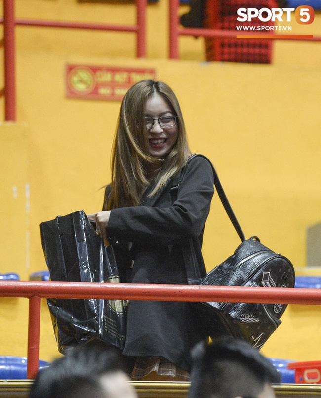 Nhật Lê chọn cách ứng xử cực khéo khi bị fan hỏi về chuyện có tình mới sau chia tay Quang Hải - Ảnh 5.