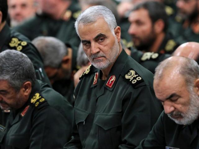 Trump hỏi cách giết tướng Iran từ năm 2017 nhưng trợ lý phớt lờ - Ảnh 1.
