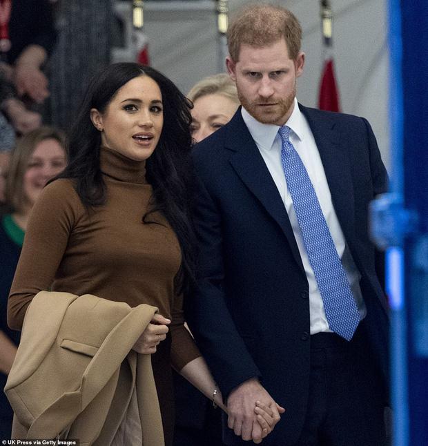 Rời khỏi hoàng gia, Meghan Markle lấy lại thiện cảm từ người hâm mộ bằng bản hợp đồng với Disney cùng mục đích tốt đẹp phía sau - Ảnh 1.
