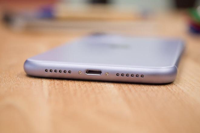 Apple có thể sẽ loại bỏ cổng lightning trên iPhone, nhưng là vì bị ép buộc - Ảnh 1.