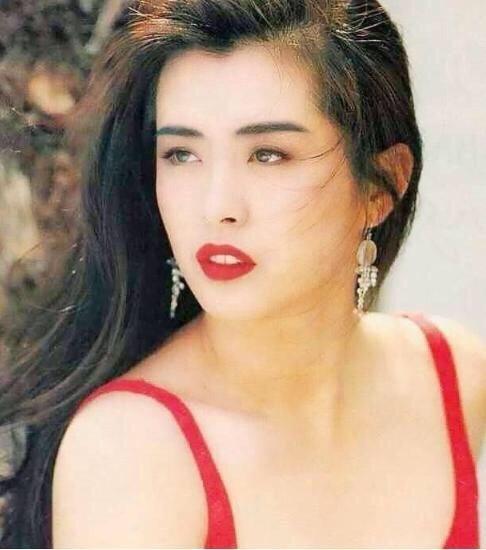 Vương Tổ Hiền: Mỹ nhân đẹp nhất lịch sử Hong Kong bị xã hội đen khống chế, 2 lần bị lừa tình và cái kết bất ngờ ở tuổi 53  - Ảnh 12.