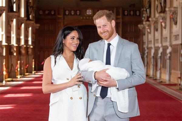 """Trước khi """"làm loạn"""" Hoàng gia Anh, Meghan Markle từng được nuôi dạy trong một gia đình hỗn độn và có tuyên ngôn đầy thù địch về bố ruột - Ảnh 5."""