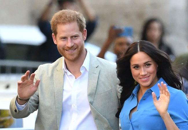 Sau cú sốc hoàng gia, nhà cái cược vợ chồng Meghan Markle ly hôn vào năm 2025, nhiều người sực nhớ đến lời tiên tri năm nào - Ảnh 1.