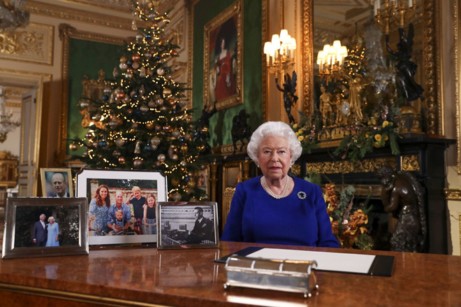 """Cuộc khủng hoảng """"Harry-Meghan"""": Khi trái tim Hoàng gia Anh tan vỡ - ảnh 4"""
