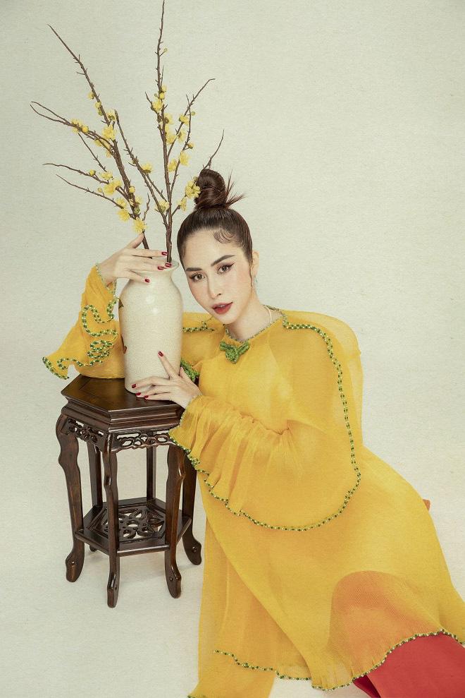 Phan Ngọc Hân xinh đẹp trong bộ ảnh mới, tiết lộ thường xuyên bị hỏi chuyện lấy chồng - Ảnh 9.