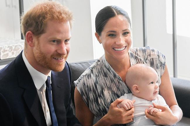 Hoàng tử Harry - Một người đàn ông 35 tuổi quyết định ra riêng để xây dựng tổ ấm có đáng bị mọi người lên án gay gắt như vậy không? - Ảnh 1.