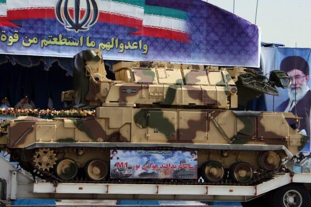 Điều bất thường không thể tưởng tượng nổi trong vụ tên lửa Iran bắn rơi máy bay Ukraine - Ảnh 4.
