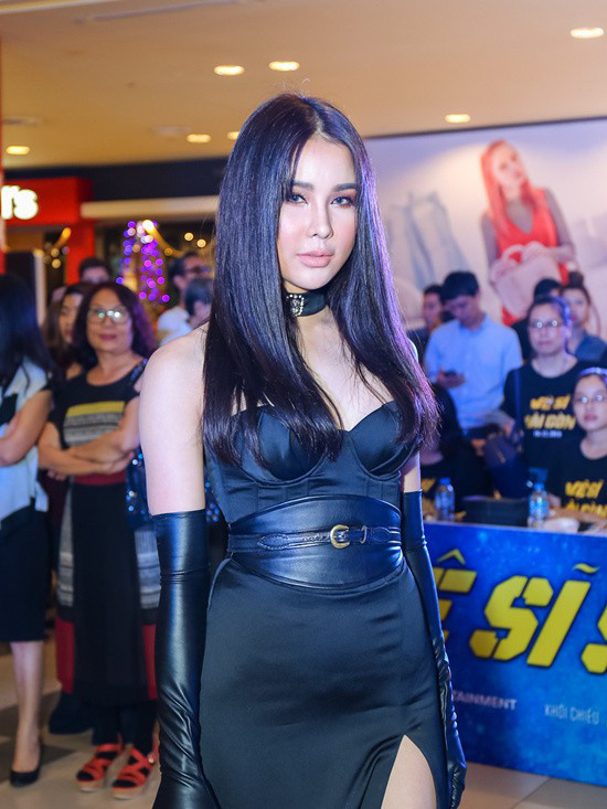 Toàn là trai xinh gái đẹp của showbiz Việt nhưng khán giả vẫn phải hoảng hồn trước những khoảnh khắc đơ như tượng của loạt sao này - Ảnh 2.