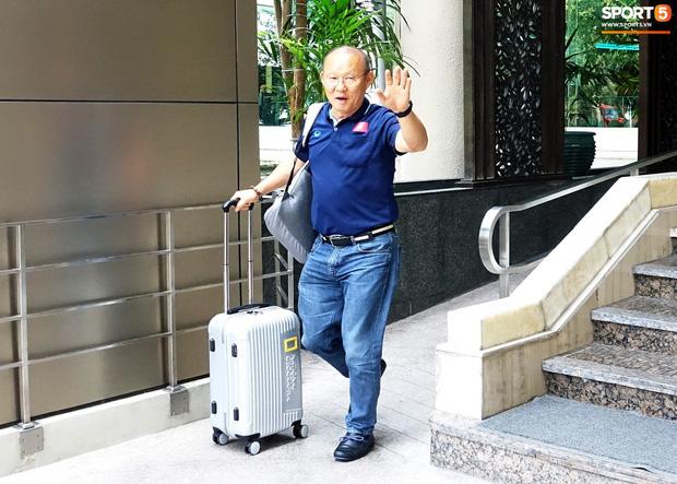 U23 Việt Nam xách vali về nước, thầy Park gửi lời chúc mừng năm mới - Ảnh 4.