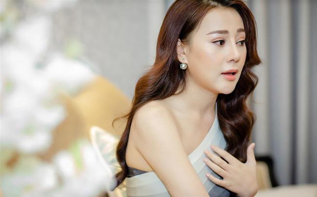 Toàn là trai xinh gái đẹp của showbiz Việt nhưng khán giả vẫn phải hoảng hồn trước những khoảnh khắc đơ như tượng của loạt sao này - Ảnh 8.