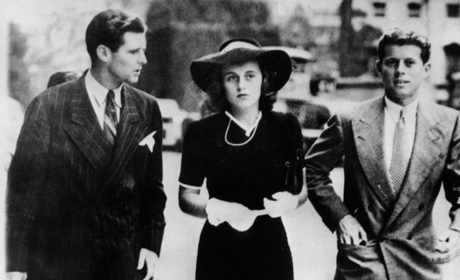 Nàng tiểu thư có 1-0-2 của gia tộc Kennedy: Từng làm nhiều đàn ông chao đảo, nổi loạn bất tuân quy tắc nhưng cái kết cuộc đời khiến ai cũng bàng hoàng - Ảnh 2.