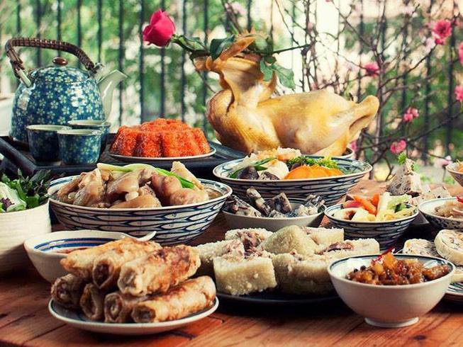 Chuyên gia dinh dưỡng: Quy tắc ăn tỉnh táo để ngày Tết không bị các bệnh tiêu hoá gõ cửa - Ảnh 2.