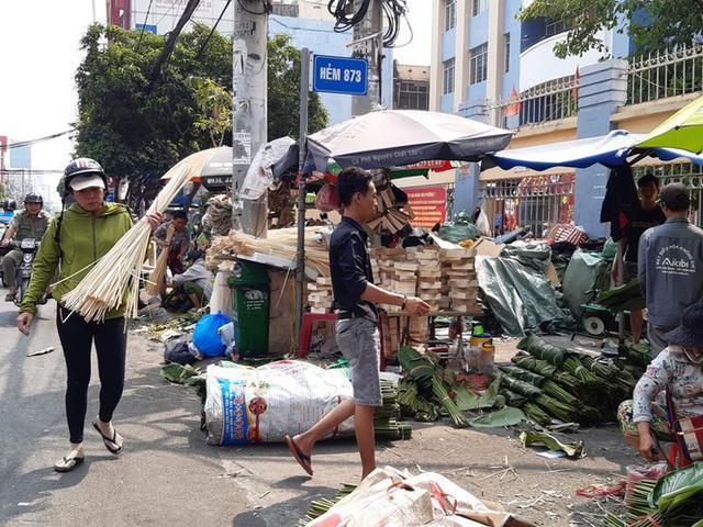 Chợ lá dong nửa thế kỷ ở Sài Gòn ế ẩm do heo tăng giá - Ảnh 13.