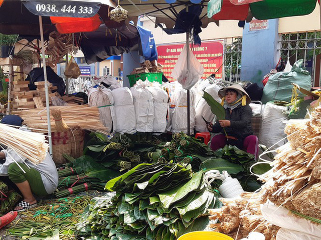 Chợ lá dong nửa thế kỷ ở Sài Gòn ế ẩm do heo tăng giá - Ảnh 15.