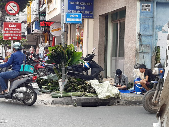 Chợ lá dong nửa thế kỷ ở Sài Gòn ế ẩm do heo tăng giá - Ảnh 5.