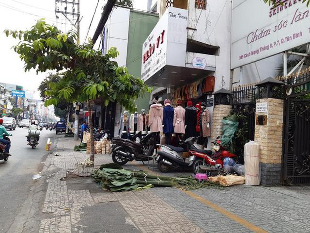 Chợ lá dong nửa thế kỷ ở Sài Gòn ế ẩm do heo tăng giá - Ảnh 8.