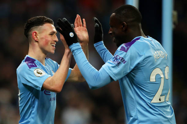 Bất chấp nỗi ám ánh VAR, Man City vẫn hạ gục Everton để tiếp tục nuôi hy vọng bám đuổi Liverpool - Ảnh 1.