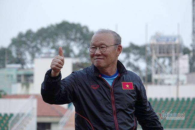 U23 Việt Nam chiến U23 châu Á: Lột xác và bay cao! - Ảnh 2.