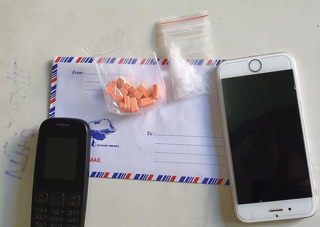 Ship ma túy kiếm tiền du xuân, thanh niên 18 tuổi đón Tết trong trại giam - Ảnh 1.