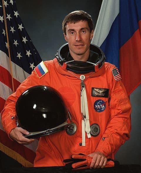 Phi hành gia 'nhọ' nhất trong lịch sử: Bị bỏ quên trên vũ trụ gần 1 năm, lúc trở về quốc gia của mình cũng không còn - Ảnh 1.
