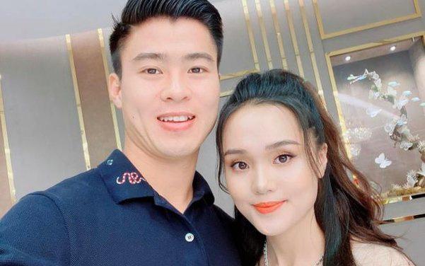 Nhìn lại hành trình yêu của Duy Mạnh và Quỳnh Anh trước khi kết hôn - Ảnh 3.