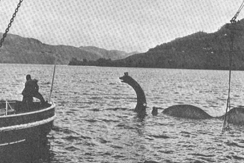 Giải mã sốc: Huyền thoại quái vật hồ Loch Ness có từ bao giờ? - Ảnh 1.
