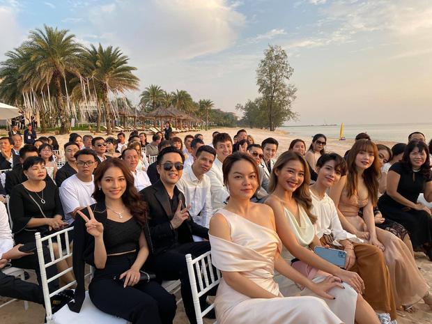 Top 5 đám cưới khủng nhất Vbiz năm 2019: Đông Nhi - Ông Cao Thắng lầy và đắt đỏ nhất, Cường Đô La bê cả dàn siêu xe loá mắt - Ảnh 4.