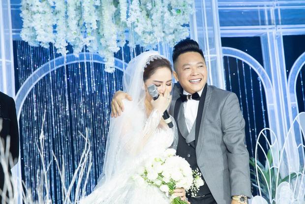 Top 5 đám cưới khủng nhất Vbiz năm 2019: Đông Nhi - Ông Cao Thắng lầy và đắt đỏ nhất, Cường Đô La bê cả dàn siêu xe loá mắt - Ảnh 7.