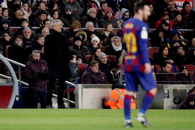 Mừng thầy mới ra mắt, Messi tặng ngay bàn thắng bằng vàng giúp Barcelona đòi lại ngôi đầu từ tay đại kình địch - Ảnh 1.