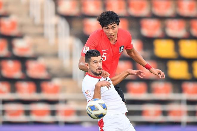 Tứ kết U23 châu Á: U23 Thái Lan bị loại tức tưởi, ứng viên vô địch phô diễn sức mạnh - Ảnh 2.