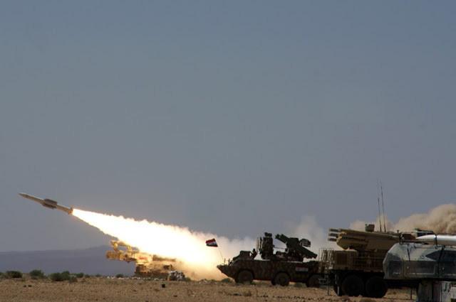 Israel giật sập phòng không Syria: Nga bỏ mặc đồng minh nai lưng chịu trận? - Ảnh 2.