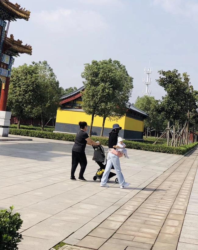 Những mỹ nhân Hoa ngữ vượt cạn thành công trong năm 2019: Người vẫn quyết ở ẩn chăm con, người đã nhanh chóng trở lại showbiz - Ảnh 19.