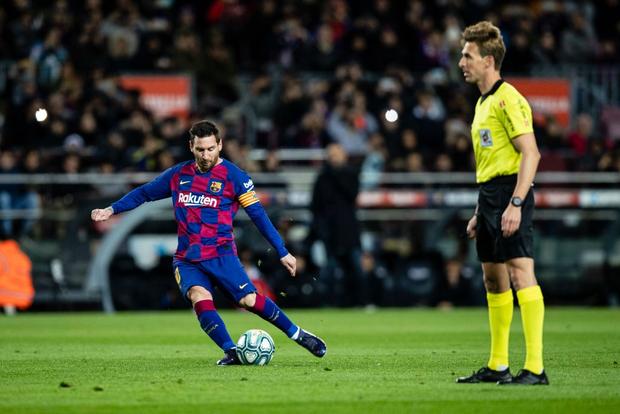 Mừng thầy mới ra mắt, Messi tặng ngay bàn thắng bằng vàng giúp Barcelona đòi lại ngôi đầu từ tay đại kình địch - Ảnh 3.