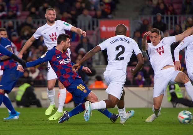 Mừng thầy mới ra mắt, Messi tặng ngay bàn thắng bằng vàng giúp Barcelona đòi lại ngôi đầu từ tay đại kình địch - Ảnh 6.