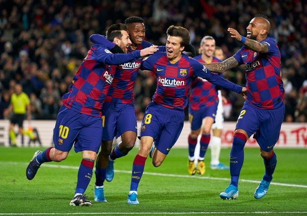 Mừng thầy mới ra mắt, Messi tặng ngay bàn thắng bằng vàng giúp Barcelona đòi lại ngôi đầu từ tay đại kình địch - Ảnh 8.