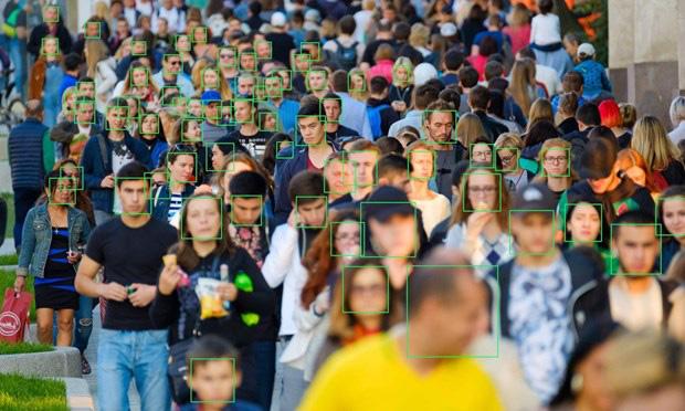 Lộ diện ứng dụng giúp người lạ tìm được thông tin của bất kỳ ai chỉ dựa vào một bức ảnh, bá đạo đến mức cả FBI cũng phải dùng - Ảnh 1.