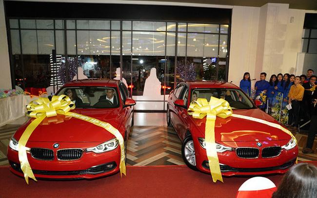 Thị trường địa ốc khó khăn, vẫn có doanh nghiệp thưởng Tết bằng ô tô BMW, Honda SH - Ảnh 1.