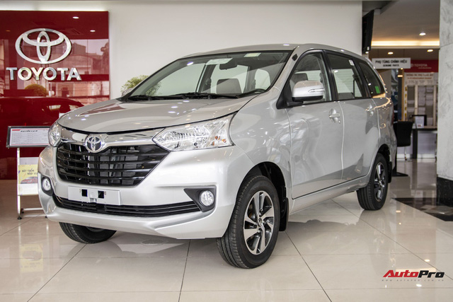 Toyota Avanza giảm giá cao nhất hơn 40 triệu đồng dịp cuối năm, tụt hậu trong cuộc đua doanh số với Suzuki Ertiga và Mitsubishi Xpander - Ảnh 1.