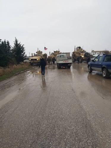 Nga dùng xe tăng để mở đường nếu Mỹ tiếp tục chặn đoàn tuần tra? - Ảnh 6.