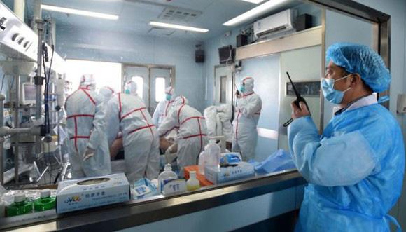 Viêm phổi cấp Vũ Hán vào Việt Nam: Không có cách nào tốt hơn là bình tĩnh chống dịch - Ảnh 1.