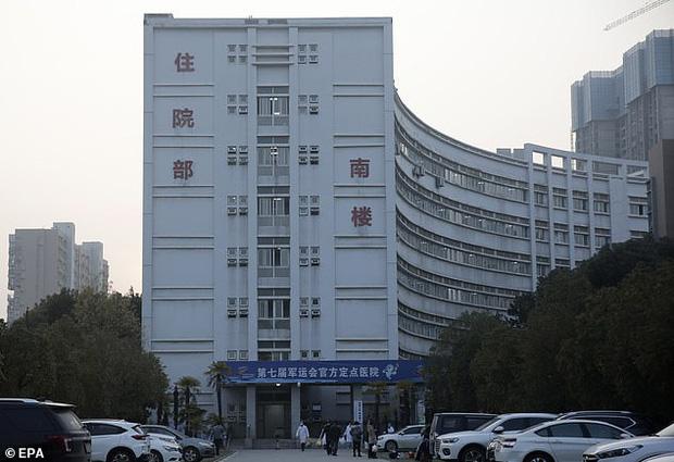 Bệnh nhân đầu tiên mắc virus corona ở Vũ Hán hồi phục, chia sẻ cảm nhận về những ngày nằm trong phòng điều trị tích cực - Ảnh 4.