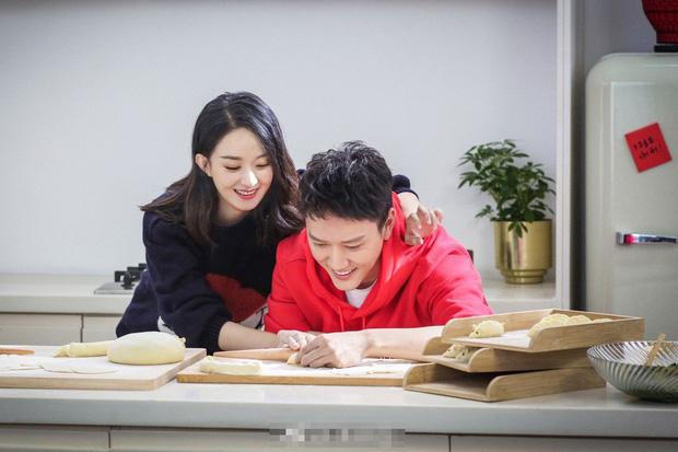 Những hôn lễ được kỳ vọng nhất Canh Tý: Triệu Lệ Dĩnh sẽ làm siêu đám cưới, Ming Xi - Hà Du Quân sẽ chẳng chịu kém cạnh? - Ảnh 2.