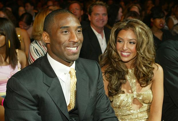 Sau tai nạn trực thăng thảm khốc cướp đi chồng và con gái, vợ Kobe Bryant đang cố trở thành người mạnh mẽ nhất vì các con - Ảnh 4.